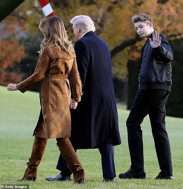 Barron Trump Jets Off To Mar A Lago With His Family For Thanksgiving Trump Black Bomber Jacket First Lady Melania Trump