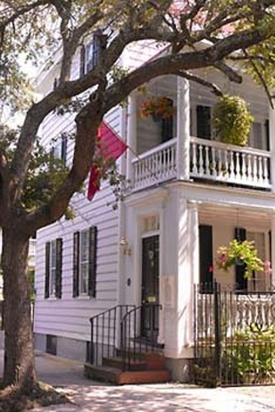 36 Meeting Street Bed & Breakfast - Charleston, South Carolina. Charleston Bed and Breakfast Inns