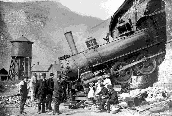 Minturn Colorado Train Wreck Crash Locomotive 1913