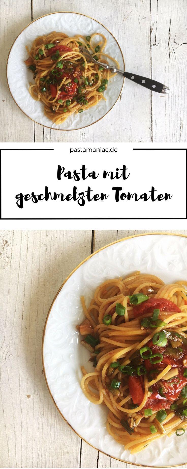 Ganz schnelle Sommerpasta mit Tomaten, Frühlingszwiebeln und mit Weißwein abgelöscht. Göttlich!  #rezept #nudeln #pasta #vegetarisch #spaghetti #rosmarin #knoblauch