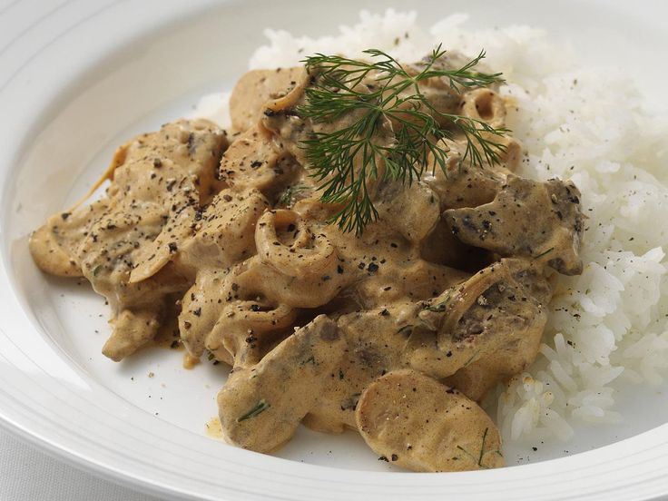 This creamy beef stroganoff is an all time favourite. Whether you decide to serve this classic dish with a side of steamed rice, or hot buttered pasta, it's the perfect winter meal for the whole family.