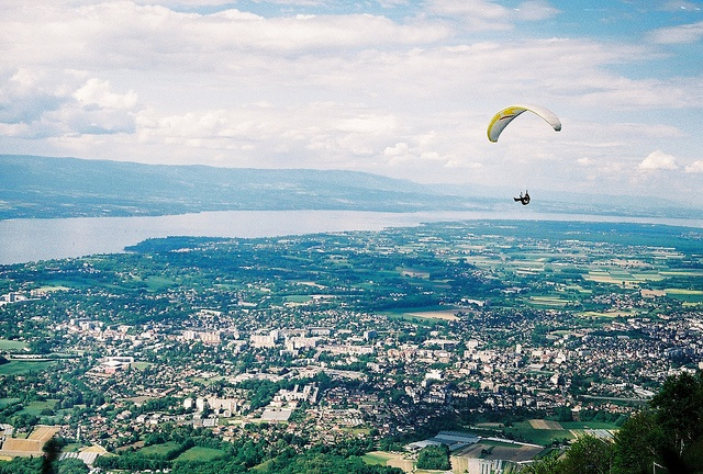 Geneva and paragliding.... Getting stir crazy and my trip has been booked for less than 36 hours