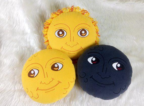 New Moon Face Pillow Creepy Moon Cushion Dark Moon Emoji Etsy In 2020 Face Pillow Moon Emoji Emoji Pillows