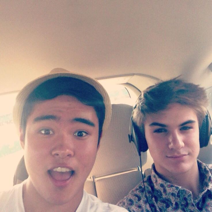 Will Jay and Cole (btw he's listening to 1D:)