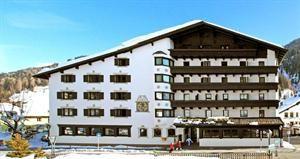 Oostenrijk Tirol St. Anton Am Arlberg  Hotel Arlberg is een gezellig en goedverzorgd viersterrenhotel met een centrale ligging op steenworp afstand van het levendige centrum van St. Anton met veel mooie winkels gezellige bars en prima...  EUR 2056.00  Meer informatie  #vakantie http://vakantienaar.eu - http://facebook.com/vakantienaar.eu - https://start.me/p/VRobeo/vakantie-pagina