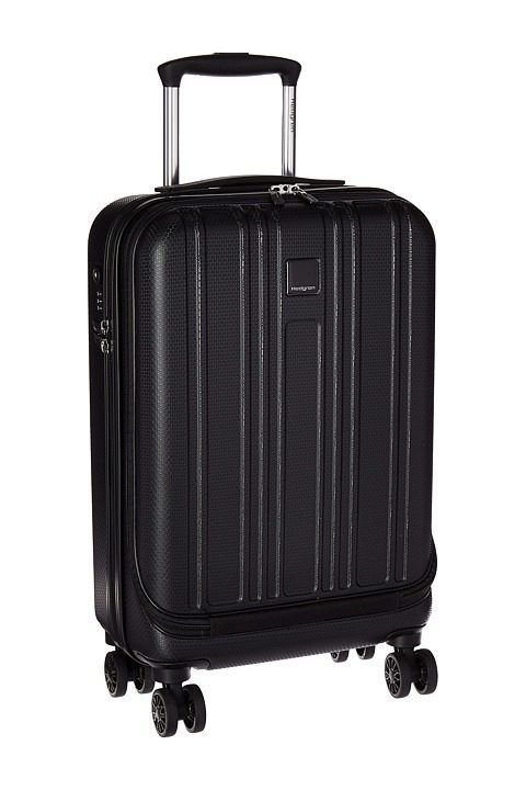 Small carry on luggage ile ilgili Pinterest'teki en iyi 25'den ...