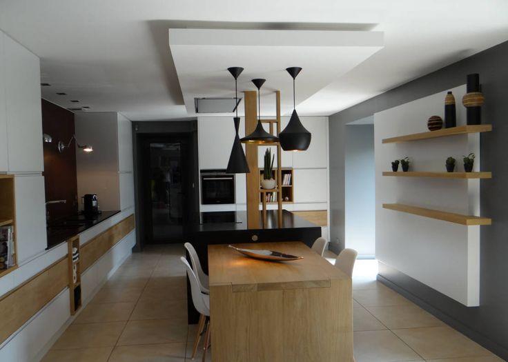 Eclectic style kitchen by UN AMOUR DE MAISON