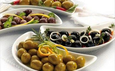 Anímate a hacer aceitunas aliñadas en casa. Ya sabes que uno de los pilares de la Dieta Coherente es la grasa favorable y las aceitunas son una de ellas.