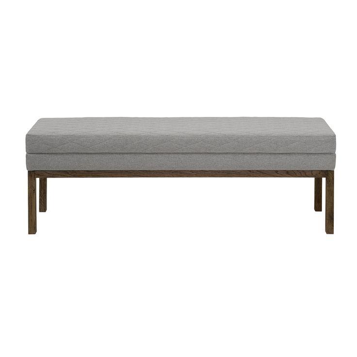 Dit Bloomingville bankje is multi-inzetbaar. Gebruik hem bij de eettafel, langs de wand als bijzettafel, in de hal of aan het voeteneind van je bed. Geef je een feestje? Dan heb je met een Bloomingville bank een simpele, stijlvolle extra zitplaats.