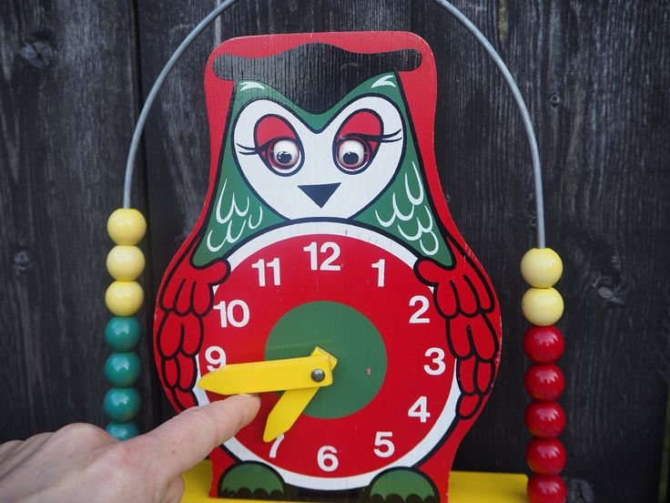 Wood toys, Brio toys, vintage toys, kids room decor, learning toy, antique toys, Scandinavian design, Farmhouse decor, vintage gift, retro DETAILS Adorable vintage toy, Brio owl clock, that moves his eyes up and down when clock dial is moved. This Brio Classic where made in the 70s in Sweden. Charming antique toy that will not only be loved by the kids, but also a beautiful kids room decor!  DIMENSIONS Height: 12 inches (28cm) Width: 8.5 inches (22 cm) Depth: 2.55 inches (6.5 cm)  CONDITION…