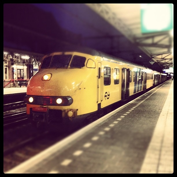 Dutch train of the oldest model that is still being operated