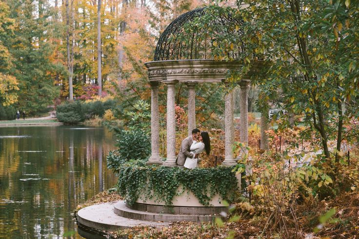 5 Unique Locations for Engagement Photos in Philadelphia