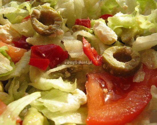 Sałatka grecka z pomidorem i awokado