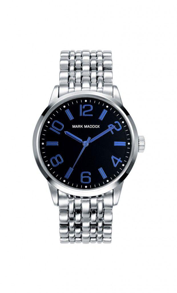 Viste bien y lleva el tiempo con estilo! Reloj tres agujas brazalete IP Silver con esfera negra e índices y agujas azules. Cierre desplegable. Cristal mineral. Impermeable 30m (3ATM).