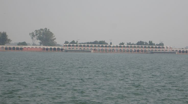 Full view of Brahma Sarovar. The Pond is 1800ft wide and 1400ft in length.