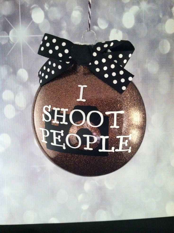 I shoot people ornament. Photographer ornament. Camera. Glitter ornament. Vinyl ornament. Photographer gift. Handmade ornament. Christmas - pinned by pin4etsy.com
