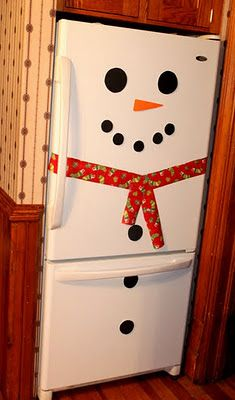 Such a cute holiday decoration! Snowman fridge.
