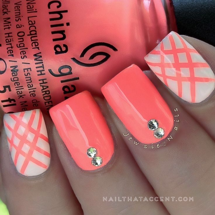 Beach nails, Beautiful nails 2015, Beautiful nails 2016, Bright shellac, Bright summer nails, Coral nails, Nails with swarovski, Neon nails