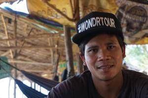 Découvrez l'histoire de Sok Sandy un rêveur de Banteay Meancay qui veut devenir infirmier. WondrBlog by WondrWorld