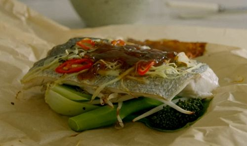 Tom Kerridge served up a easy to make, low calorie, Chinese style Fish-in-a-bag (using sea bass) on Tom Kerridge's Lose Weight For Good. See Tom's recipes in his book titled: Lose Weight for Good: Full-flavour cooking for a low-calorie diet, available from Amazon now. Related PostsTom Kerridge pea and ham pasta recipe on Lose Weight For GoodSimon Rimmer bread and butter pudding with Earl Grey tea recipe on Eat the Week with IcelandGiles Coren calorie restriction diet, fruitaria...