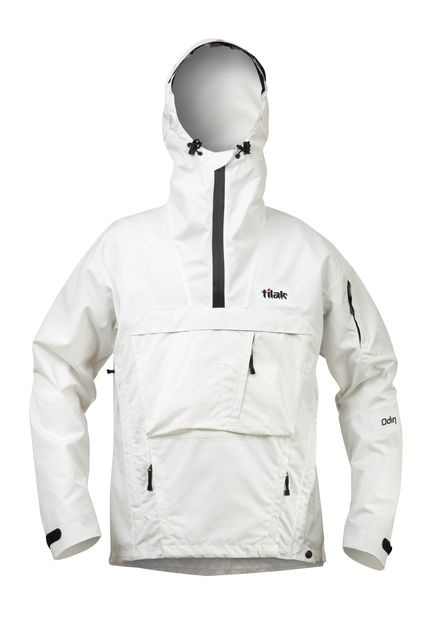 オディンベンタイルジャケット/100%コットンを特殊な織り方により撥水+透湿性優れた素材『Ventile®(ベンタイル)』を採用したアノラックジャケット。 クラシックなアノラックをより機能的なカッティングとポケット配置により、スマートな現代モデルへ仕上げております。640g(size/L)