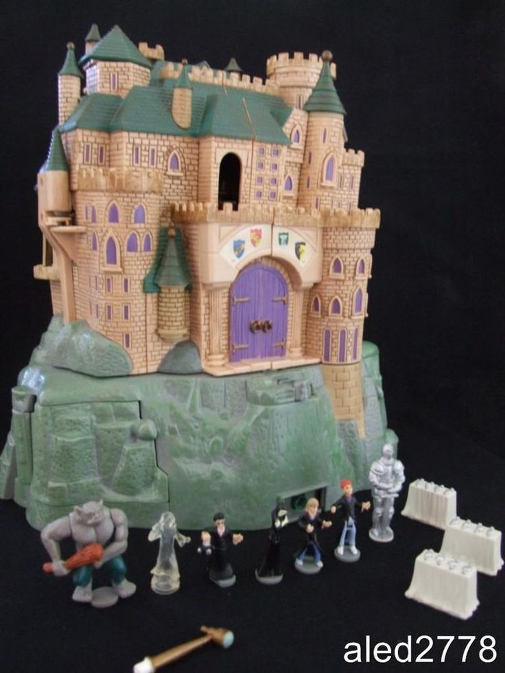 Rare Polly Pocket Harry Potter Hogwarts Electronic Disney Castle with sounds100% I CAN'T BELIEVE THERE'S A HARRY POTTER ONE!!!
