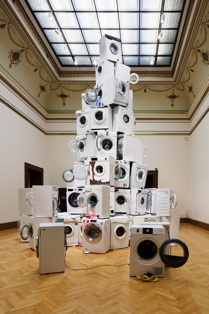 Krištof Kintera – We All Want to Be Cleaned, 2017 - http://cowboyzoom.com/art/kristof-kintera-we-all-want-to-be-cleaned-2017/ #GalerieRudolfinum, #KrištofKintera, #NervousTrees