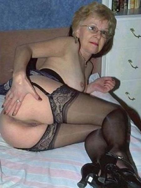 Granny and mature posts only