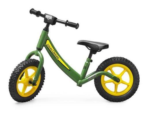BICICLETA SIN PEDALES BIKY JOHN DEERE El correpasillos Berg Biky John Deere es una bicicleta sin pedales para niños y niñas a partir de 2 años. El correpasillos Berg Biky tiene un diseño muy bonito y unos colores espectaculares. La bici correpasillos Biky John Deere tiene las ruedas especiales para ir por un camino de tierra.  A partir de 2 años #bicicletasinpedales  http://www.babycaprichos.com/bicicleta-sin-pedales-biky-john-deere.html