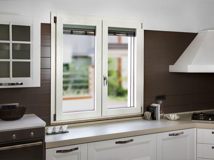 Oltre 25 fantastiche idee su finestre in legno su - Profili alluminio per finestre ...
