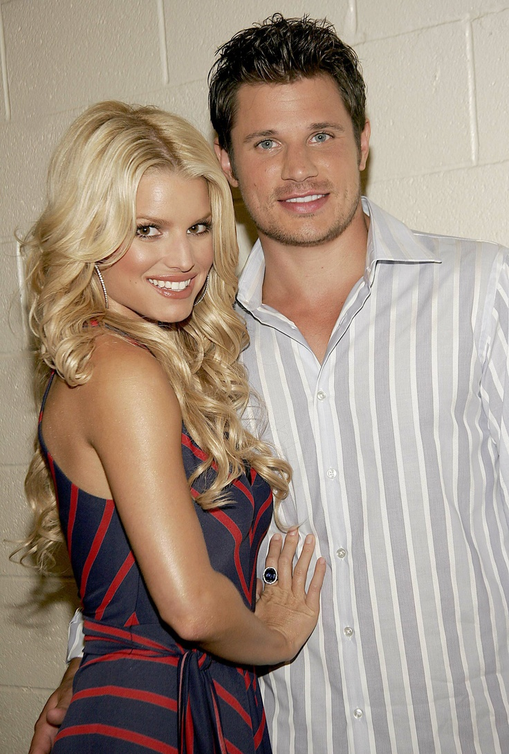 Jessica Simpson and Nick Lachey - I know they aren't a couple any more but they looked so good together.  I loved watching Newlyweds. Divorced in 2005