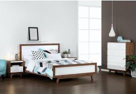 Love this style - my dream bed means I don't stub my toe every night - I can just imagine this as my room.