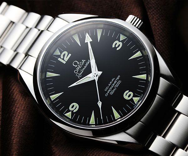 Omega Railmaster : One of the few watches were I prefer the non-chrono model over the chrono