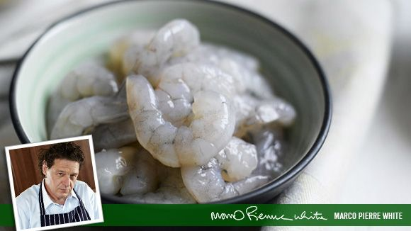 HOW TO DE-VEIN A RAW PRAWN | Cooking Tips - Knorr UK
