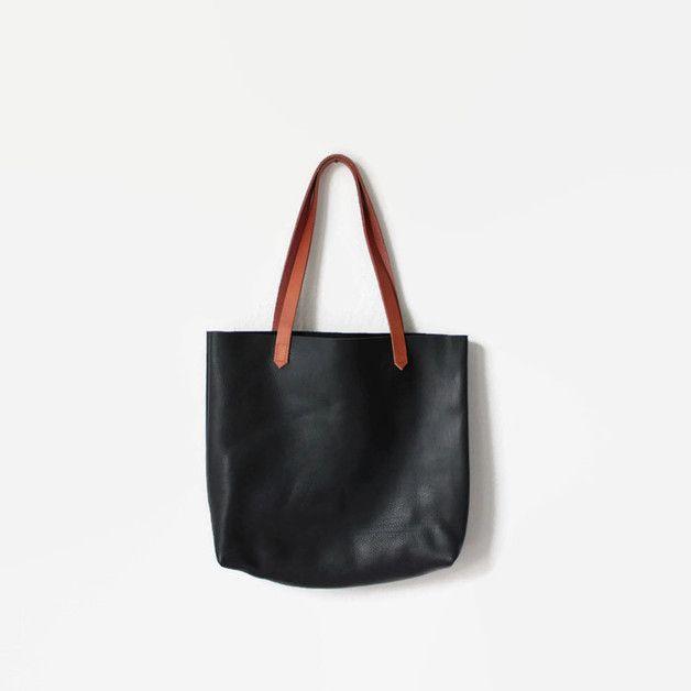 die besten 25 handtasche schwarz leder ideen auf pinterest schwarze handtaschen handtasche. Black Bedroom Furniture Sets. Home Design Ideas