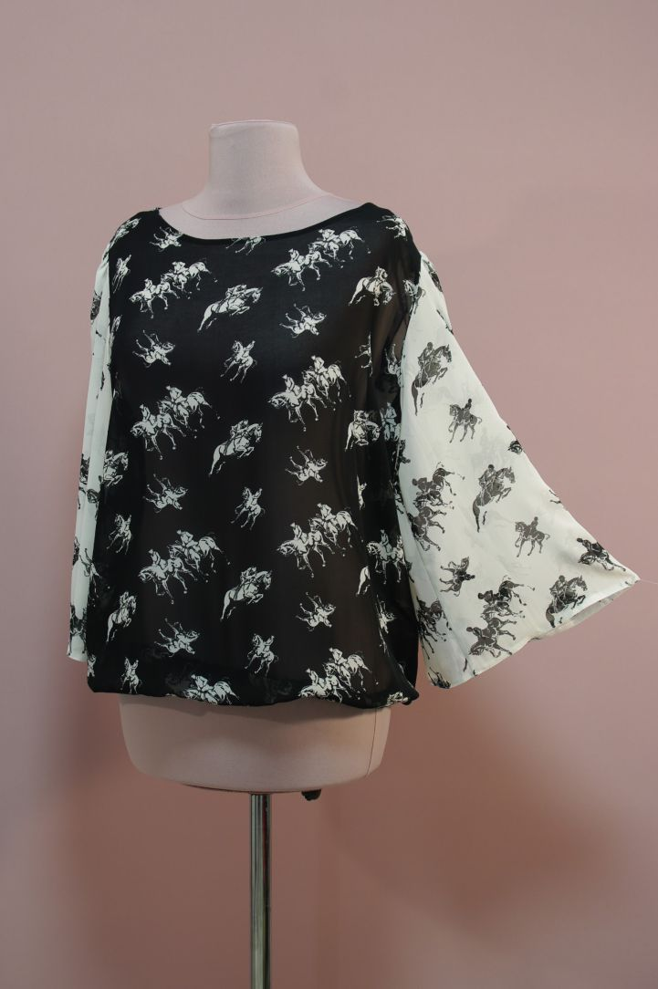 Черно-белая блуза, принт всадники   Платье-терапия от Юлии