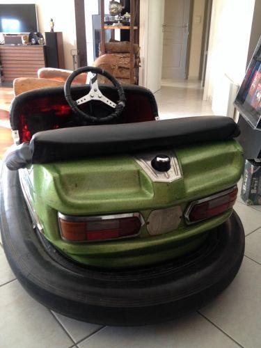 Auto tamponneuse reverchon radio skooter autos tampons les industriels forains auto - Dessin auto tamponneuse ...