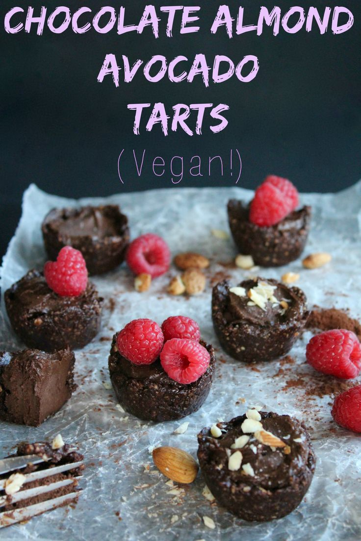 Chocolate Almond Avocado Tarts… OMG these are ridiculously rich and creamy! And naturally sweetened!