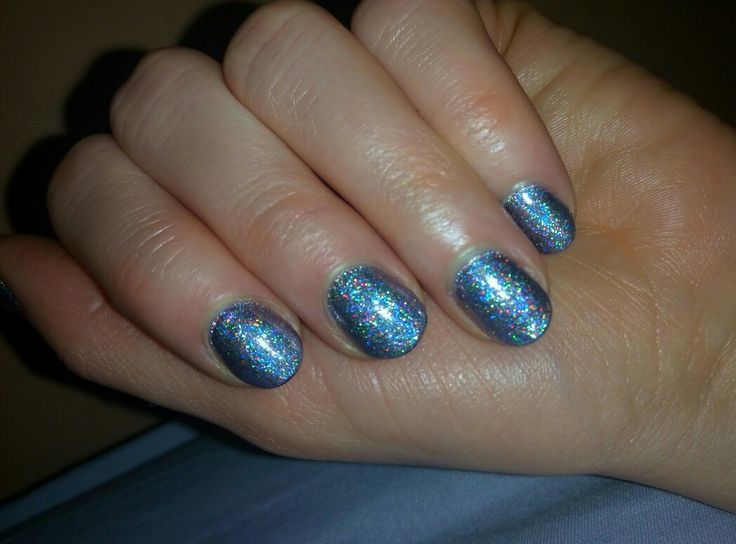 holo effect nails from Indigo  015 Plum as a base