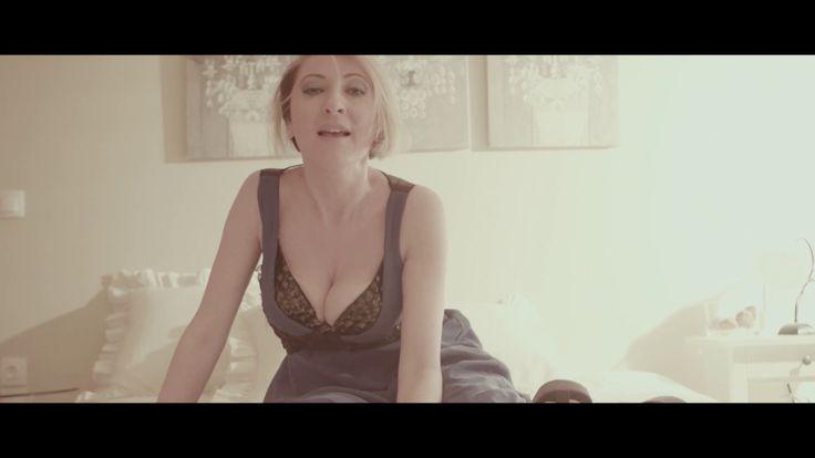 Γωγώ Βαγενά - Για θυμήσου αγάπη μου |  (Official video clip)