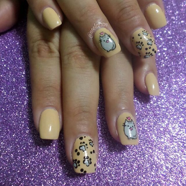 Nail Art para @lafranconisonia ♡ #nails #nailstagram #instanails #nails2inspire #sculptednails #acrylicnails #squarednails #polishnails #nailart #nailsdesign #catnails #cat #pusheen #lovenails #l4l #like4like #forlike #follow #followme #uñas #uñasacrilicas #uñasesculpidas #esmalte #noelialafrannails