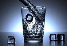 Nejlepší recept na hubnutí? 500 ml vody před každým jídlem