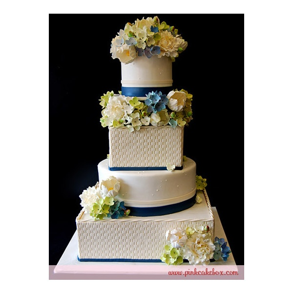 love this cake for a navy blue wedding.  could be all square or all round