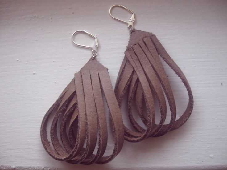 more leather earrings to make
