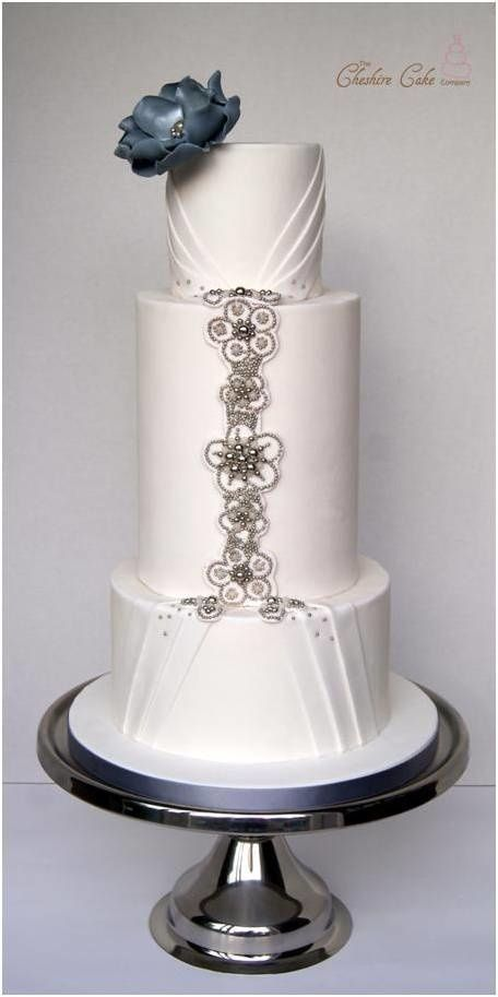 wedding cakes with jewels 1000 ideas about wedding cake on white 26047