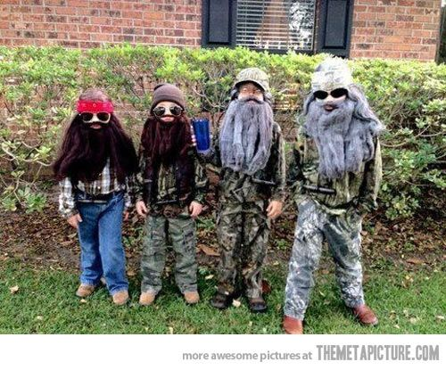 Lol too funny best halloween costume ever. duckdynasty I want my friends