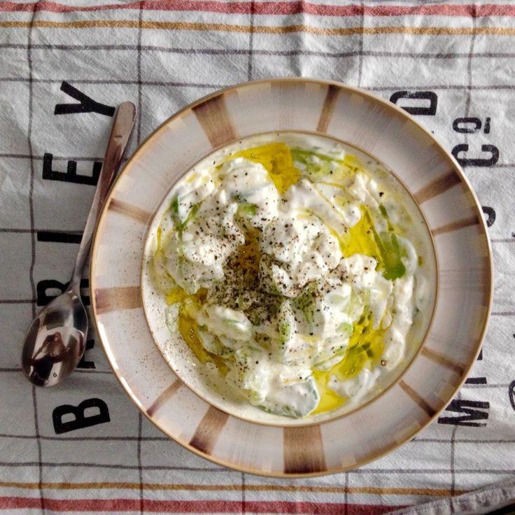 Homemade tzatziki makes the best al fresco dinner in summer. Recipe on tukskitchen.com