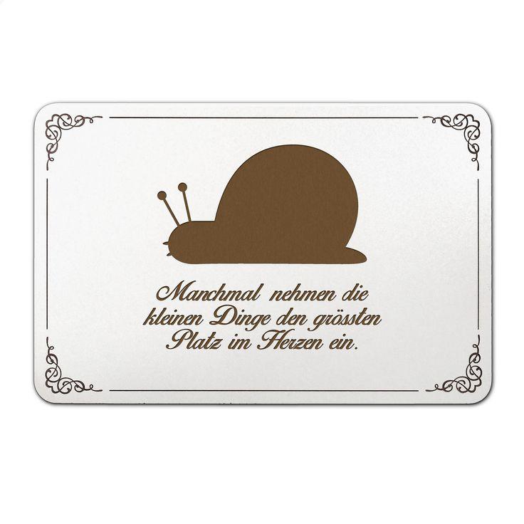 Türschild Schnecke aus MDF  Weiß - Das Original von Mr. & Mrs. Panda.  Unser liebevoll handgefertigtes Türschild aus Bambus Coffee wird mit einer besonderen und individuellen Gravur versehen. Alle unsere Bambus Produkte sind 100% vegan, nachhaltig und naturbelassen.    Über unser Motiv Schnecke  ##MOTIVES_DESCRIPTION##    Verwendete Materialien  ##MATERIALS_DESCRIPTION##    Über Mr. & Mrs. Panda  Mr. & Mrs. Panda - das sind wir - ein junges Pärchen aus dem Norden Deutschlands. In unserer…