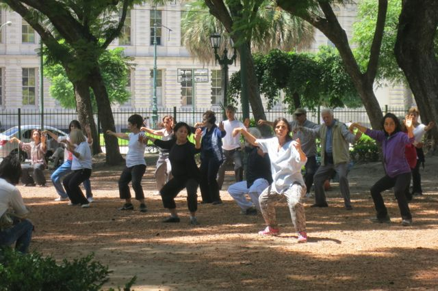 Tai Chi in a park in downtown Buenos Aires