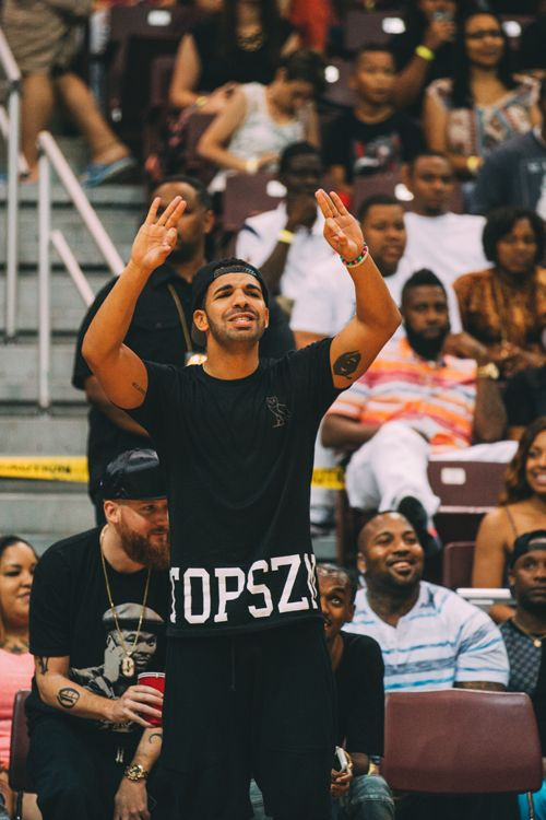Follow us on our other pages ..... Twitter: @endless_ovo Tumblr: endless-ovo.tumblr.com drizzy drake aubrey graham 5 god ovo xo ovo follow follow4follow http://ift.tt/1MxZXkI